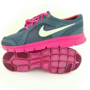412cadc9330a Nike Shoes - Nike Flex Experience RN 2 599548-402 Womens Size 8